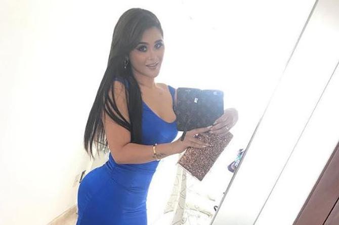 Gomita presume su abdomen plano con sexy baile (+VIDEO)