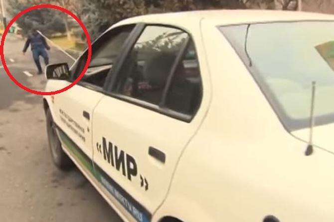 Tiene 16 años y su fuerza es brutal, puede jalar un auto con su cabello (+VIDEO)