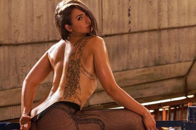 Ingrid Brans se transforma en un ángel ¡al desnudo! (+FOTO)