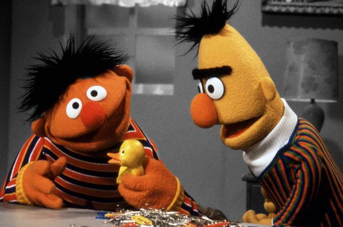 Plaza Sésamo aclara que Beto y Enrique son mejores amigos, no pareja gay (+VIDEO)