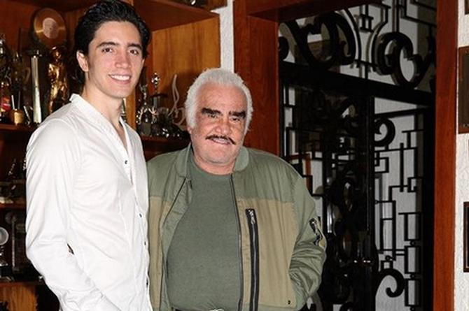 Vicente Fernández ya le encontró reemplazo al 'Potrillo' (+VIDEO)