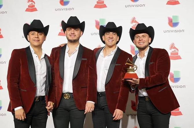 Calibre 50, Pesado, Christian Nodal y más artistas de Regional Mexicano triunfaron en los Latin Grammy 2018 (+VIDEO)