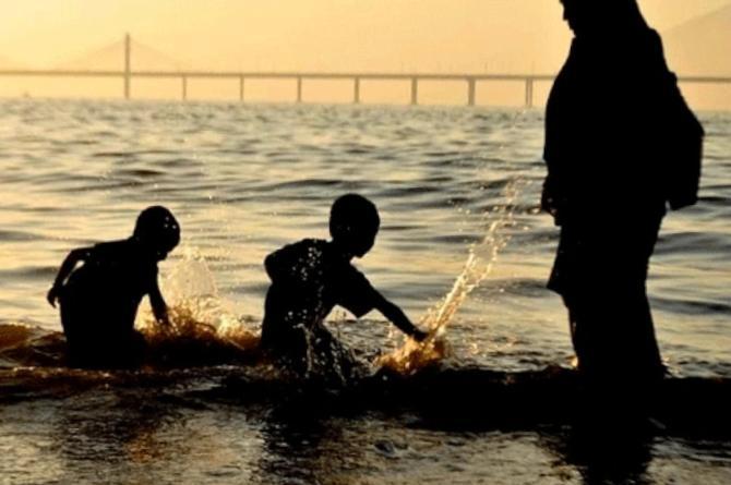 Mujer ahoga a sus hijos tras descubrir matrimonio de su pareja