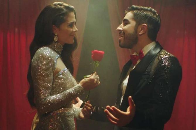 Joss Favela promociona canción a dueto con la colombiana Greeicy Rendón (+video)