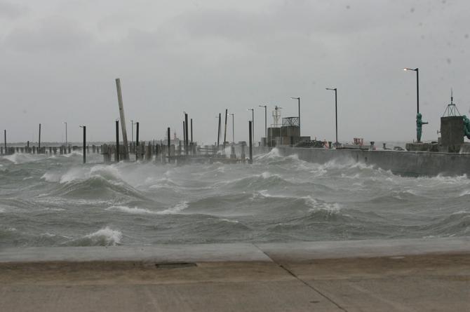 Hoy jueves continuarán los vientos del norte en Veracruz