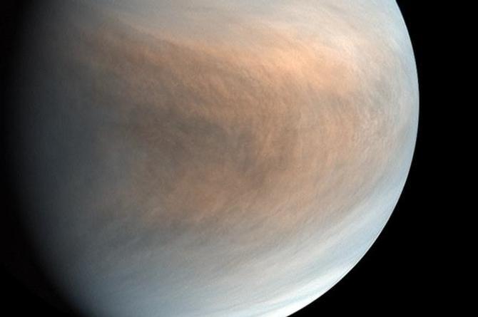 Astrónomos aseguran haber encontrado posibles indicios de vida en Venus