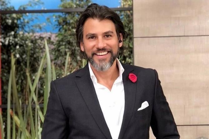 Contagiado de COVID-19 el actor y conductor alvaradeño Mauricio Barcelata