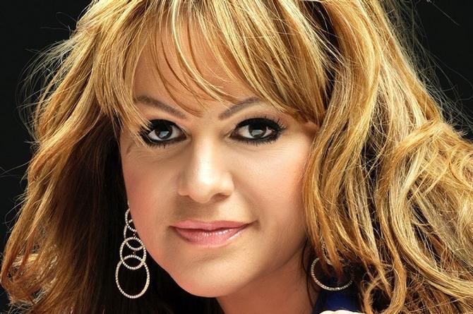 Lanzarán canción en inglés que dejó grabada Jenni Rivera
