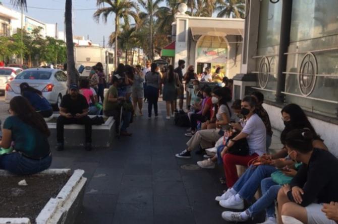 ¡Ay wey! Las 'Nenis' mueven varo en Veracruz y se vuelven emprendedoras