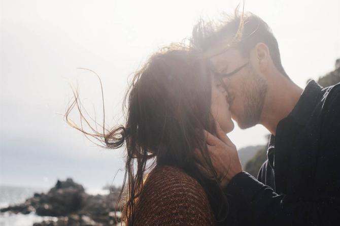 Descubre la forma correcta de besar