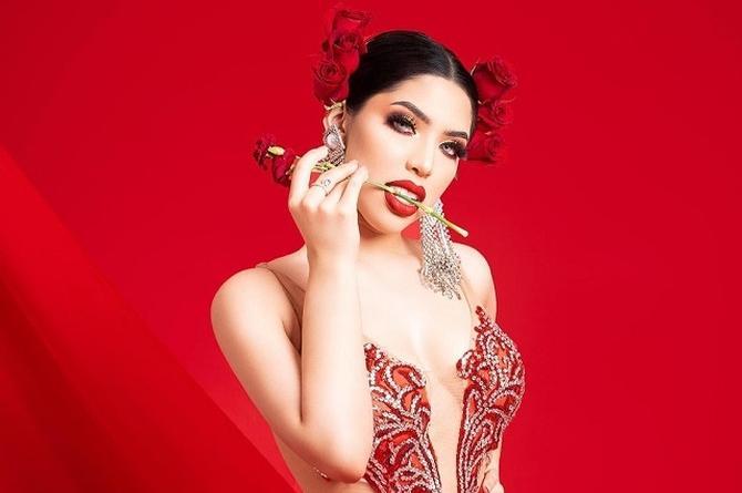 Captan a la veracruzana Yeri MUA con los vestidos prestados de Miss Universo (+fotos)