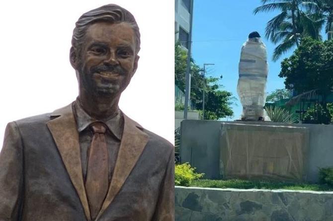 Vandalizan estatua de Eugenio Derbez en Acapulco, no duró ni una semana